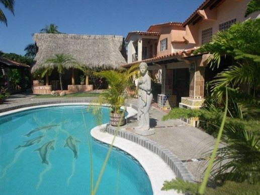 Casa Virgilios, Nuevo Vallarta, Méxic